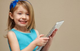 Study: Kids Play With Tablets More Than Toys