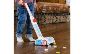 Watch Me Clean! Magical Vacuum
